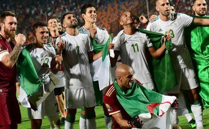 Photo of الجزائر تعلن استعدادها لاستضافة أمم أفريقيا 2021 حال سحبه من الكاميرون
