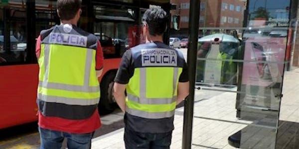 """Photo of """"دواع أمنية""""… صيغة غامضة تتستر وراءها سلطات سبتة لمنع دخول المغاربة"""