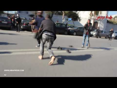 Photo of الأمن يمنع مسيرة الحفاة لأطر وزارة التعليم حاملي الشهادات