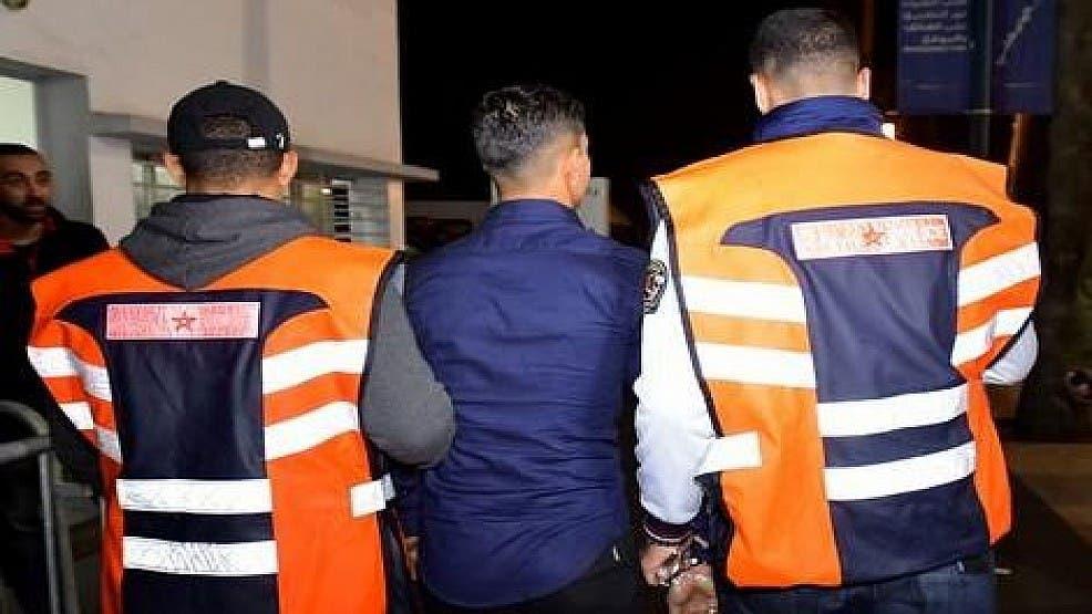 Photo of توقيف 3 أشخاص متورطين في تنظيم الهجرة السرية والاتجار في البشر بالقنيطرة