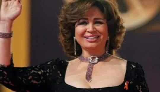 Photo of الهام شاهين تعد جمهور مهرجان مراكش للسينما بلبسها للقفطان المغربي