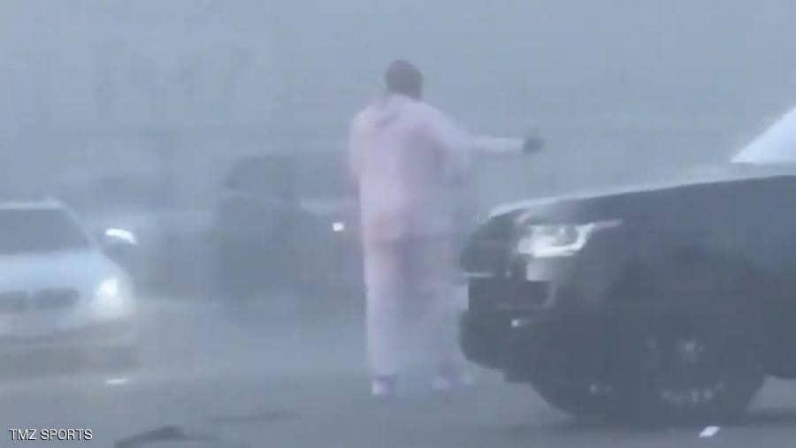 """Photo of بالفيديو : قبل المأساة بشهر .. براينت في حادث آخر واللقطات """"معكوسة"""""""