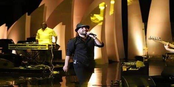 Photo of الدوزي يحيي حفلا ناجحا بدولة قطر