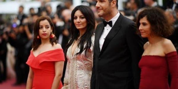 """Photo of الفيلم المثير للجدل """"آدم"""" بالبيضاء.. زوجة عيوش تناقش موضوع الأمهات العازبات"""