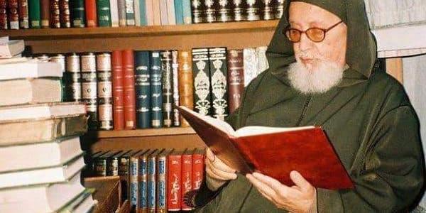 Photo of رحيل العلامة بوخبزة عن عمر يناهز 88 سنة بتطوان