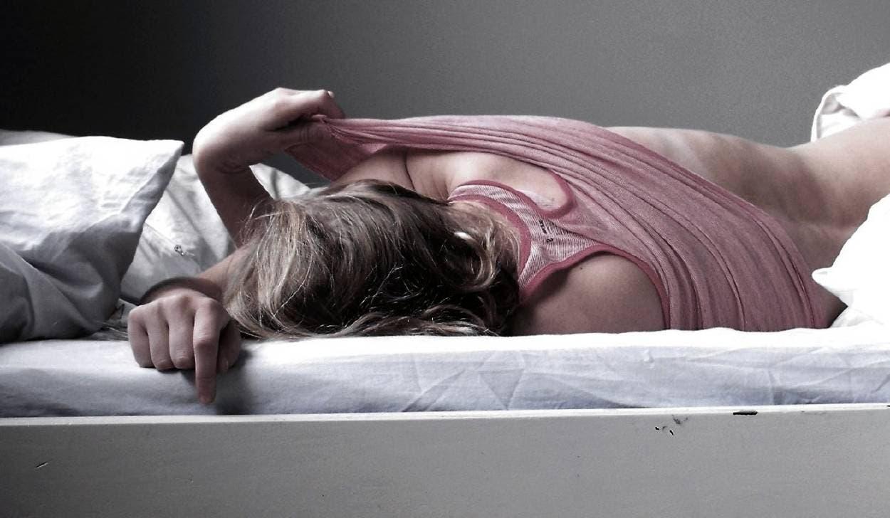 Photo of يغتصب ابنته 39 مرة وينقل لها الإيدز .. لن تُصدّق ما حدث له قبل إعدامه في السجن !