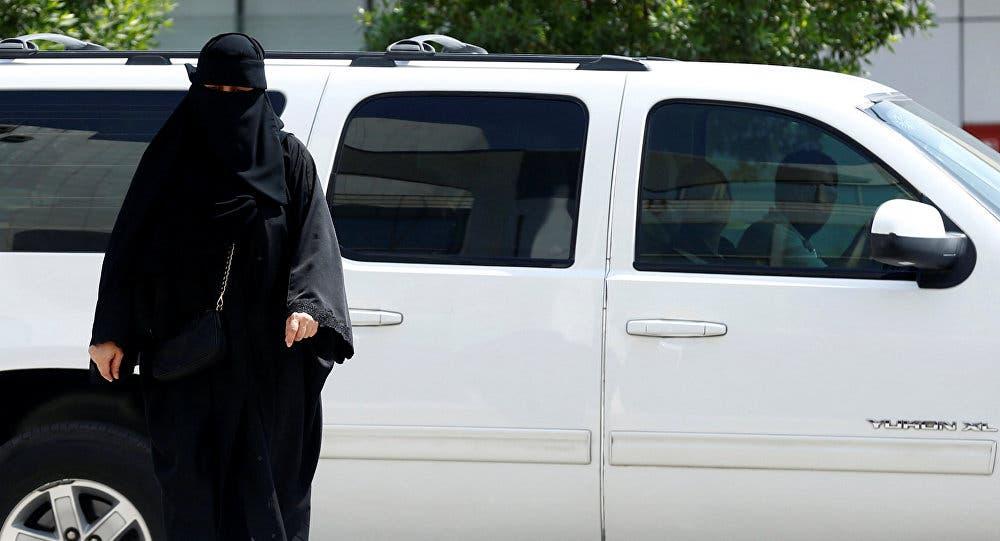 Photo of سعودية تثير الجدل بفيديو بعد طلاقها