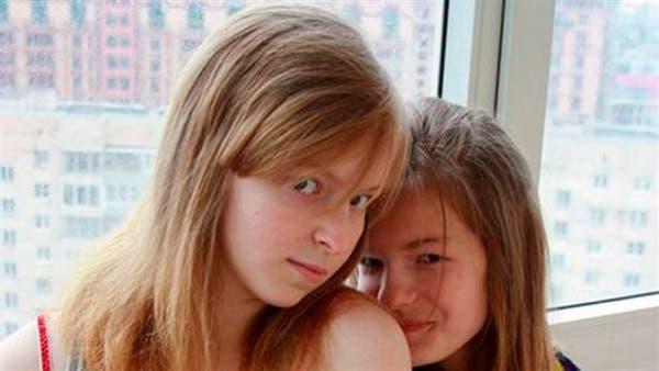 Photo of أخت تقتل شقيقتها بطريقة بشعة .. قطعت أذنيها واقتلعت عينيها (صور)