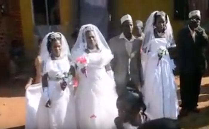 Photo of شاهد .. هذا الرجل تزوج 3 نساء في يوم واحد