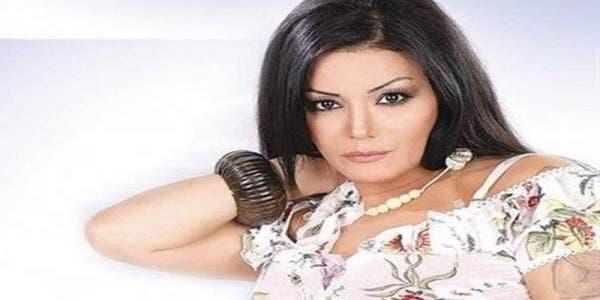 Photo of الفنانة المغربية ليلى غفران تعود بعمل جديد