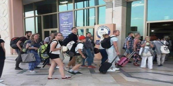 Photo of بسب  فيروس كورونا :سياح إيطاليون عالقون بالمغرب بعد وقف الرحلات