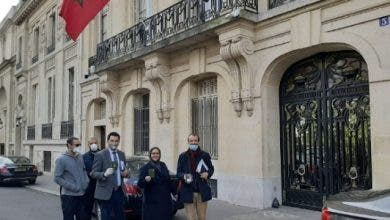 Photo of السفارة المغربية بباريس تُوفر 400 مبيتاً للمغاربة العالقين بفرنسا