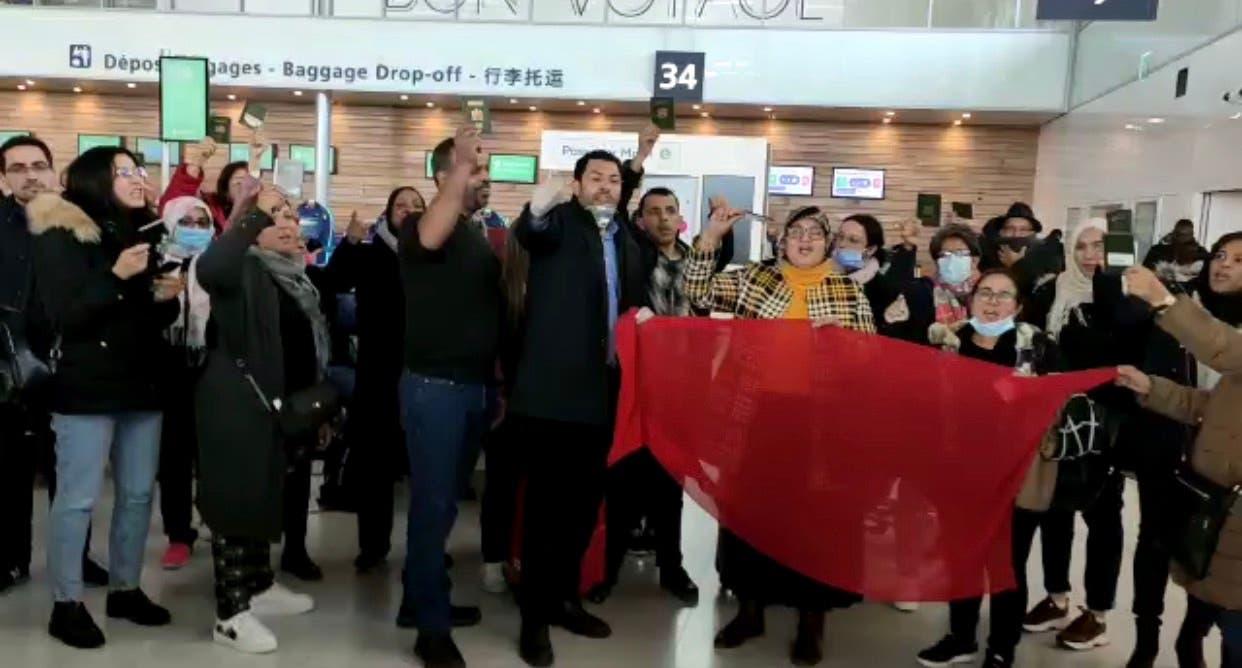 """Photo of الخارجية المغربية تتدخل لإحتواء المغاربة العالقين بمطار """"باريس أورليّ"""""""