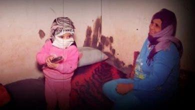 Photo of دموع أمازيغية مطلقة تعيش و ابنتها في كراج بالبيضاء و قهرها الفقر و الجوع و تالفة في الهراويين