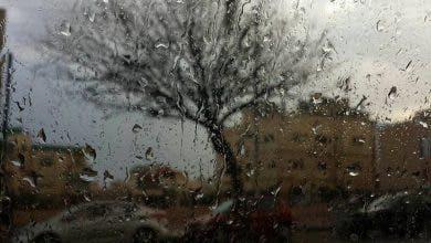 Photo of أمطار الخير تغرق مدينة ابن احمد  وتحول شوارعها إلى برك عائمة