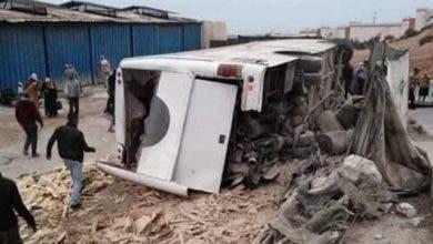 Photo of أكادير : سوء الحالة الميكانيكية كاد يتسبب في مأساة انقلاب حافلة للعمال  بركه