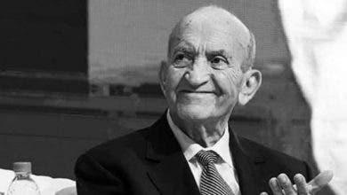 Photo of وداعا سي عبد الرحمان اليوسفي : عندما يموت الحكماء يبكيهم التاريخ