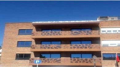 Photo of بعد الحجر الصحي لجميع موظفيها…قنصلية مدريد تفتح أبوابها في وجه المرتفقين
