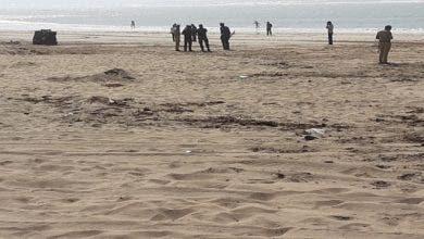 Photo of البحر يلفظ مخدرات بشاطئ الزوابي شمال طرفاية