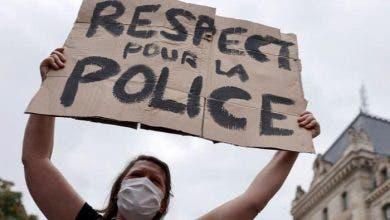 """Photo of فرنسا.. مظاهرة """"نسائية"""" تطالب الحكومة بـ""""احترام الشرطة"""""""