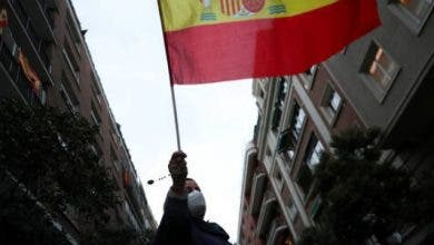 "Photo of إسبانيا : وباء فيروس كورونا المستجد "" تحت السيطرة """