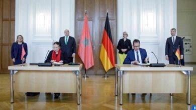 Photo of المغرب وألمانيا يوقعان على اتفاق طموح حول الهيدروجين الأخضر