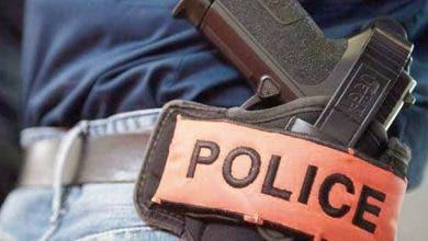 Photo of شرطيان بطنجة وفاس يضطران لإشهار سلاحهما لتوقيف مجرمين