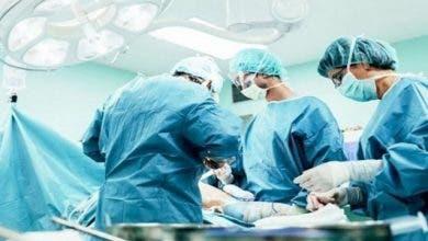 Photo of فريق طبي متكامل ينجح في إجراء عملية دقيقة على مستوى القلب والشرايين بمستشفى الغساني بفاس