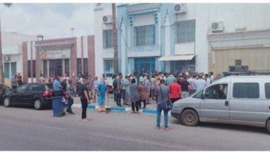 """Photo of اغلاق ميناء """"سات الفرنسي """" يُغضب مغاربة بميناء بني انصار"""