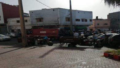 """Photo of منحرف في حالة غير طبيعية """"يشرمل"""" بسيف على مواطنين في الشارع العام بالجديدة"""