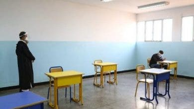 Photo of في مشهد نادر.. تلميذ يجتاز اختبارات الباك لوحده في قاعة بالدار البيضاء