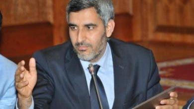Photo of الأجور الهزيلة تفجر غضب موظفي مجلس مدينة البيضاء ضد العمدة