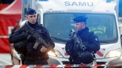 Photo of فرنسا.. مسلح يحتجز رهائن في لو هافر شمال غرب البلاد