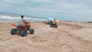 Photo of شاطئ سيدي رحال.. خطر الدراجات النارية ينذر بالكارثة