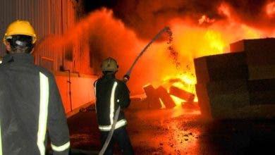 Photo of النيران تلتهم مصنعا ضخما ضواحي البيضاء و تبث الهلع في نفوس الساكنة