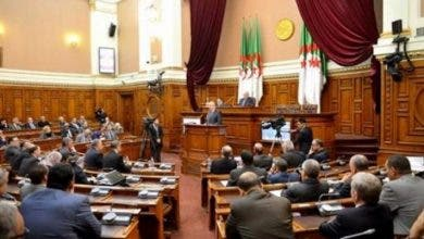 Photo of بتعليمات من جنرالات العسكر.. البرلمان الجزائري خصص معظم وقته لقضية الصحراء المغربية